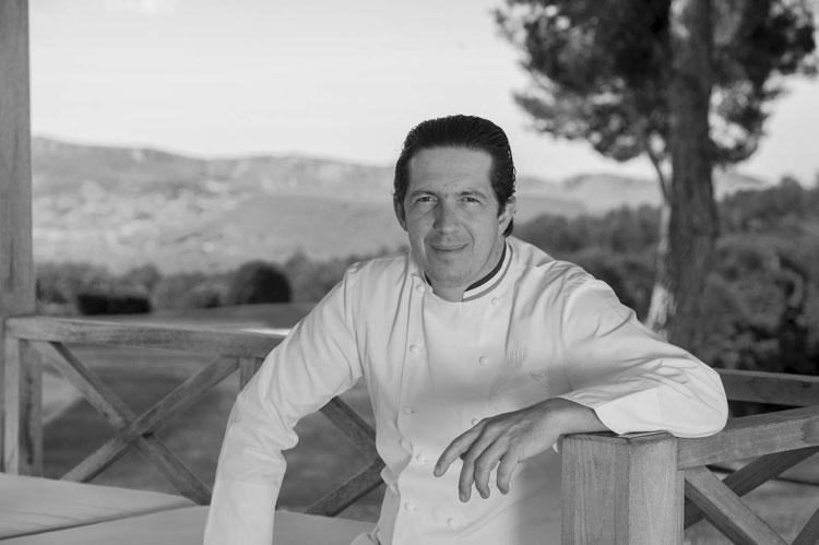 El chef Christophe Bacquie © Hotel du Castellet | Nueva Guia Michelin de Francia | Tu Gran Viaje